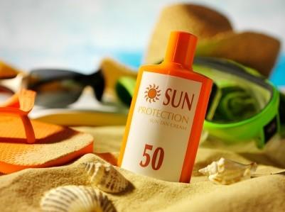 kem chống nắng bảo vệ da khỏi UVA và UVB