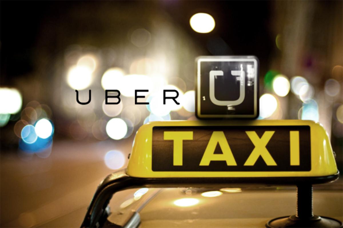 Uber là cầu nối giữa những người có xe và những người muốn đi xe